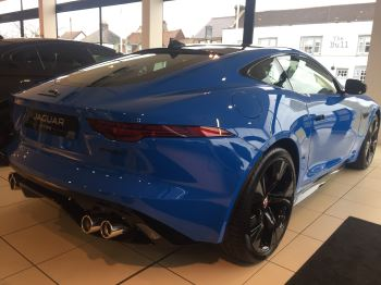 Jaguar F-TYPE 5.0 P450 Supercharged V8 R-Dynamic LIMITED REIMS EDITION image 7 thumbnail